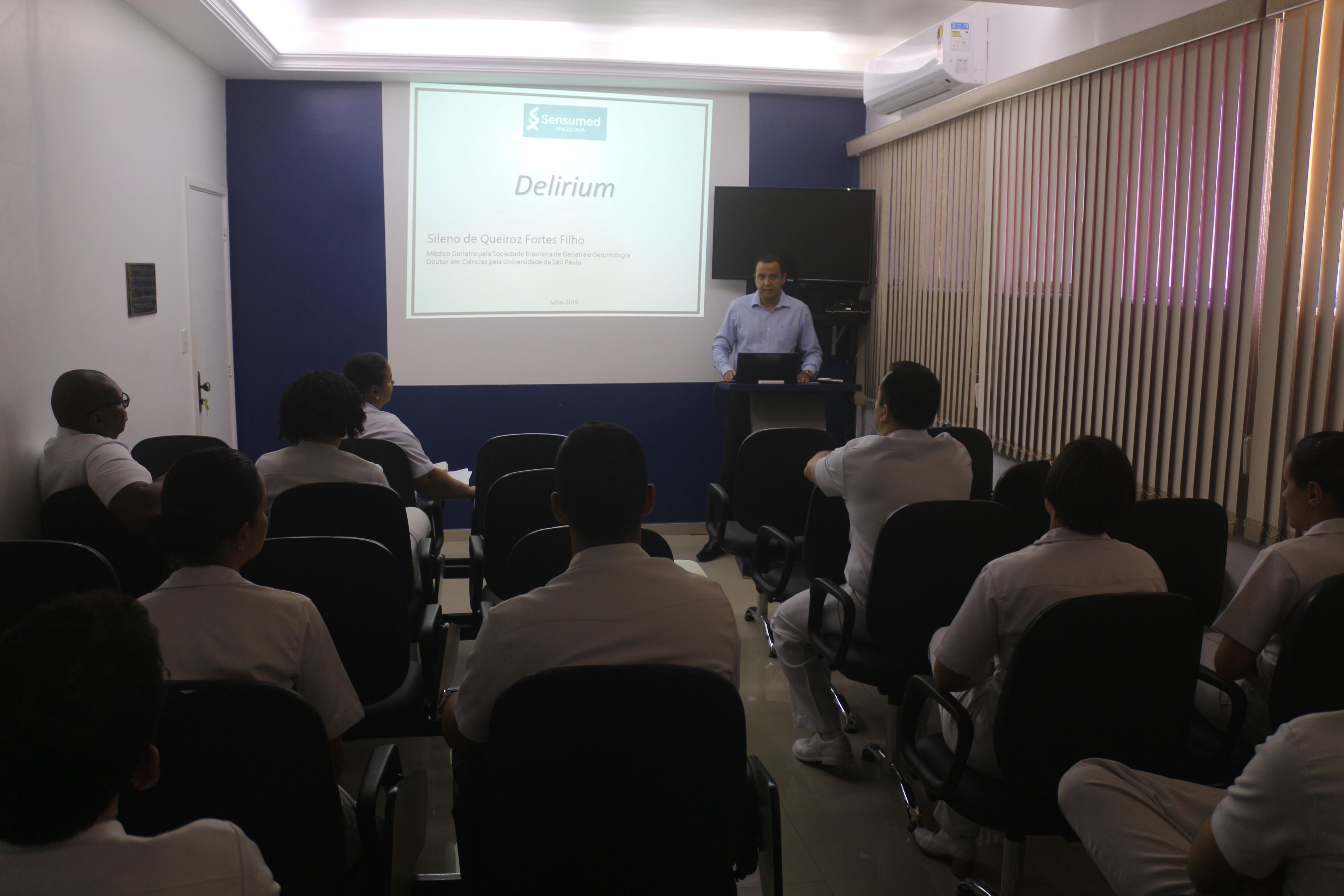 Saúde do Idoso é tema em ciclo de palestras do Hospital da Aeronáutica